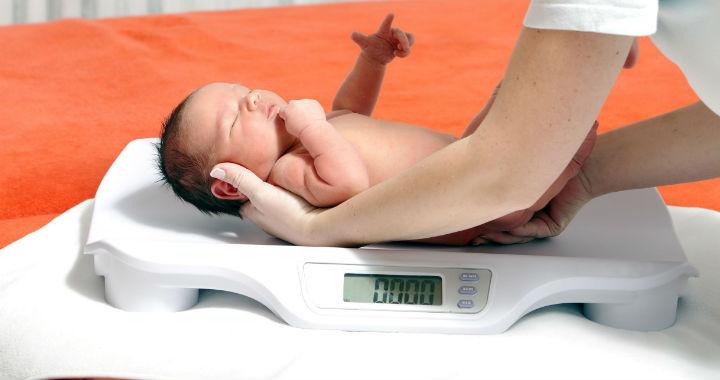 súlycsökkenés a születés után az első héten