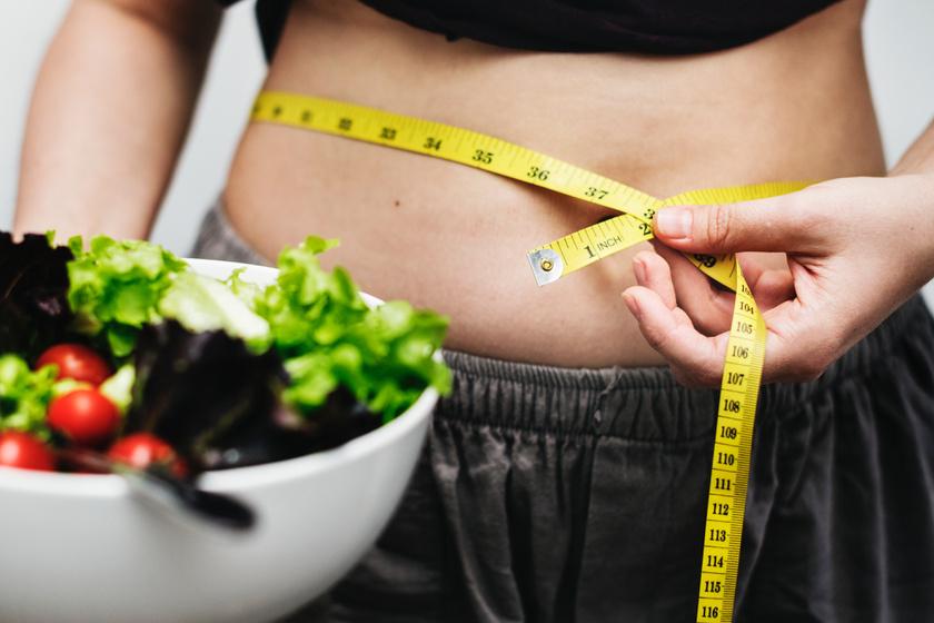 Hogyan lehet gyorsan eltávolítani a zsírt a has