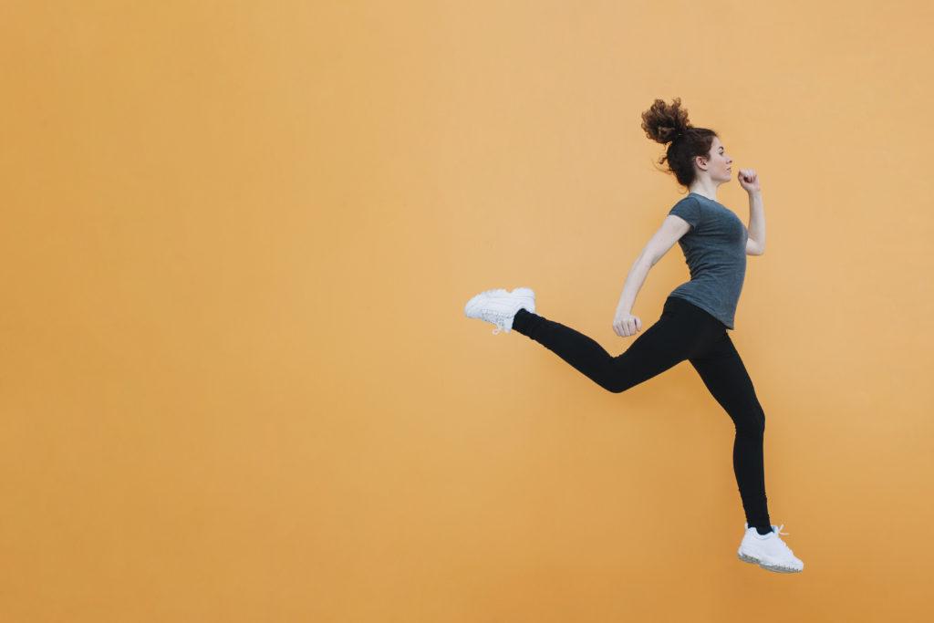 5 gyors HIIT edzés kezdőknek | Well&fit